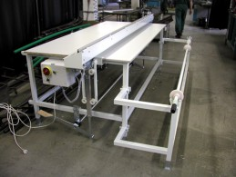 1609 - Cutting line with cutting under table width of 2100 mm