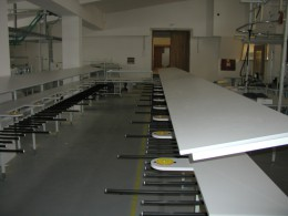 4005 Table for sorting semi-finished products by color