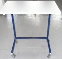 4008k Stacking table hight-adjustable with wheels